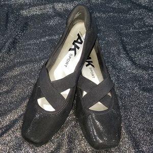 Anne Klein Sport Black Ultimo Ballet Flats size 10